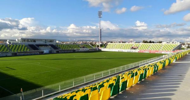 "Стадион ""Георгиос Карапатакис"", Ларнака"